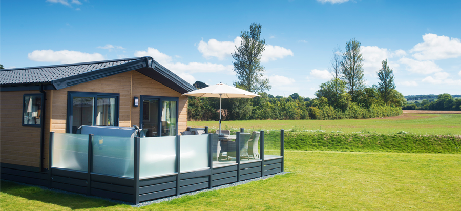 Hot Tub Lodges in Devon